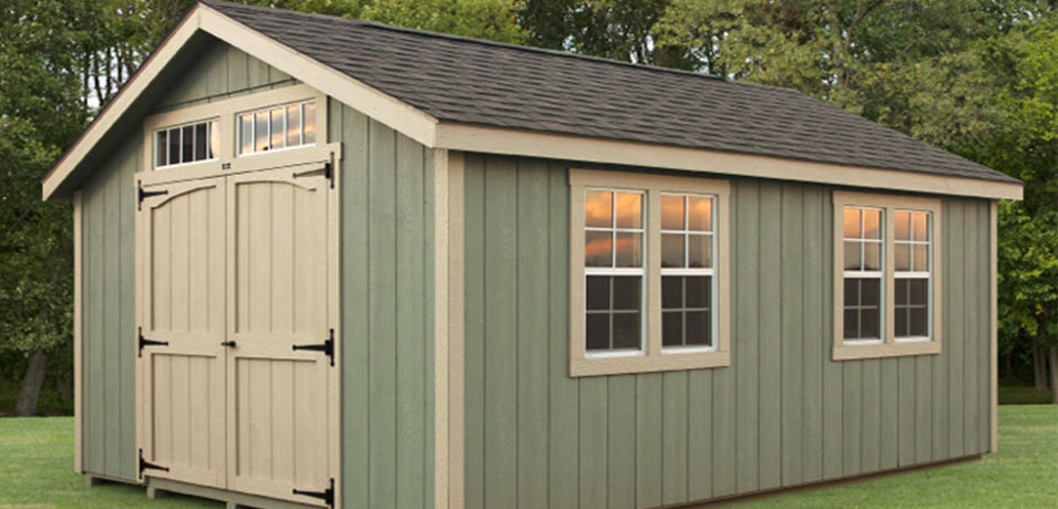 green shed siding color